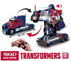 Nikko Autobot Optimus Prime car/robot transformer